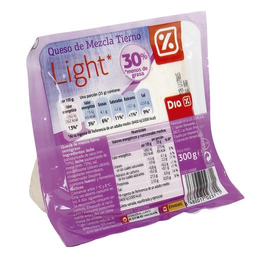 DIA queso tierno light cuña 300 g